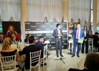 Go to article Abbiamo vinto il Fintech Age Award! (La settimana di CrowdFundMe 24/2018)